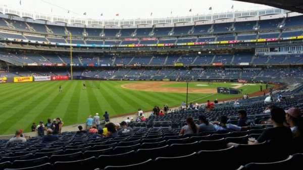 Yankee Stadium, sección: 131, fila: 23, asiento: 13