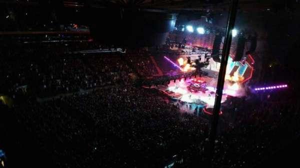 Madison Square Garden, sección: 311, fila: 1, asiento: 6