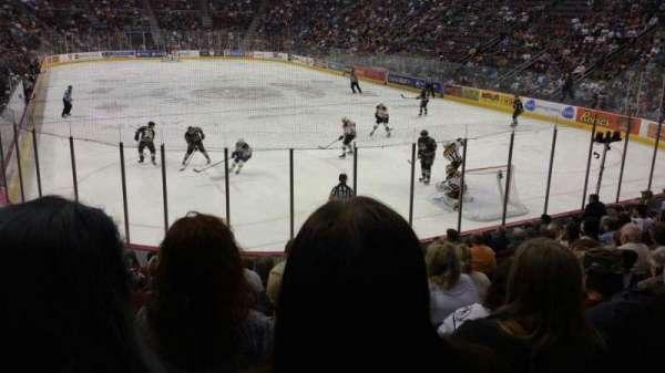 Giant Center, sección: 125, fila: M, asiento: 7