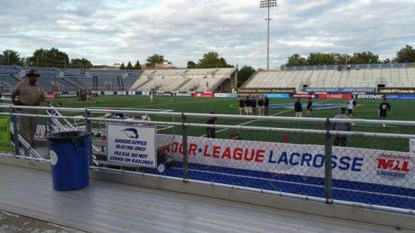 James M. Shuart Stadium, sección: 3, fila: 3, asiento: 27