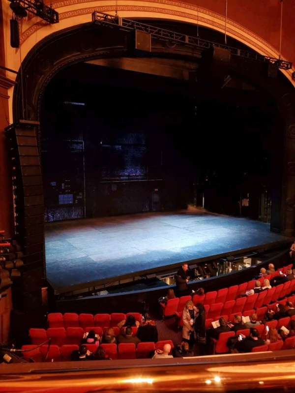 Broadway Theatre - 53rd Street, sección: FMEZO, fila: A, asiento: 10