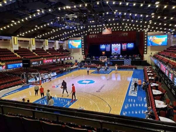 Westchester County Center, sección: 39CTR, fila: E, asiento: 48
