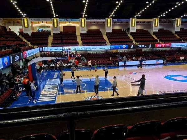 Westchester County Center, sección: 50RGT, fila: C, asiento: 54