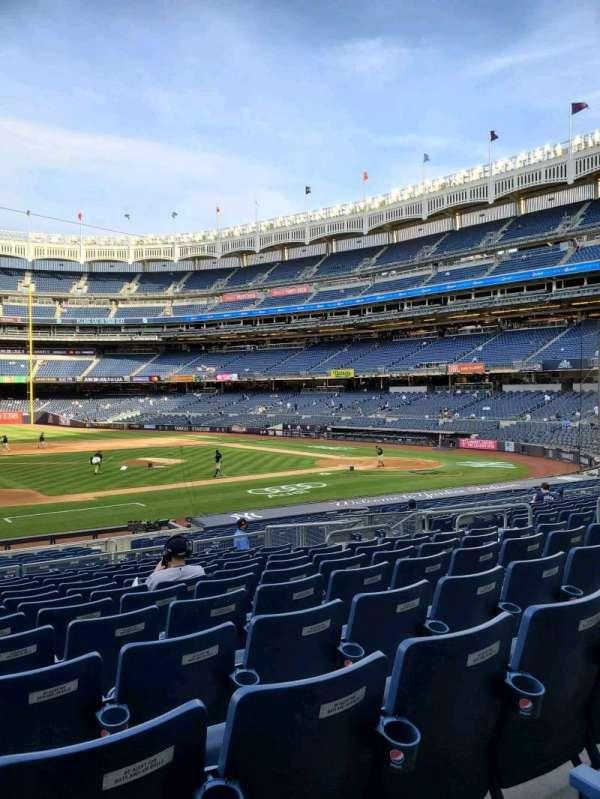 Yankee Stadium, sección: 125, fila: 12, asiento: 7