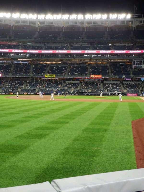 Yankee Stadium, sección: 132, fila: 1, asiento: 14