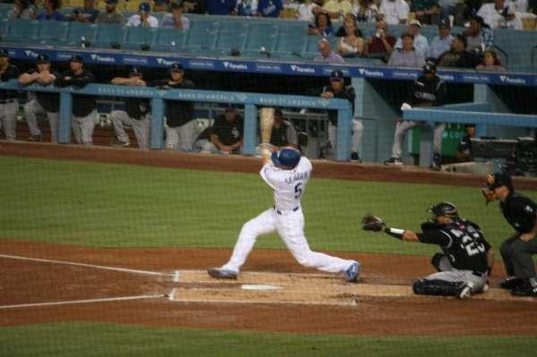 Dodger Stadium, sección: 25FD, fila: W, asiento: 6
