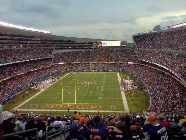 Soldier Field, sección: 230, fila: j, asiento: 3