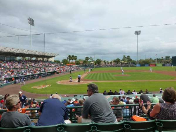Ed Smith Stadium, sección: 210, fila: 4, asiento: 14