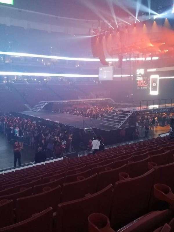 Honda Center, sección: 223, fila: P, asiento: 13