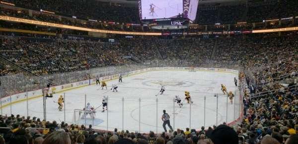 PPG Paints Arena, sección: 106, fila: S, asiento: 7