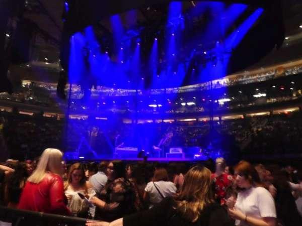 Madison Square Garden, sección: Floor C, fila: 2, asiento: 3