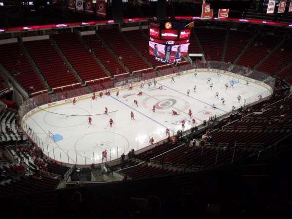 PNC Arena, sección: 308, fila: L, asiento: 10