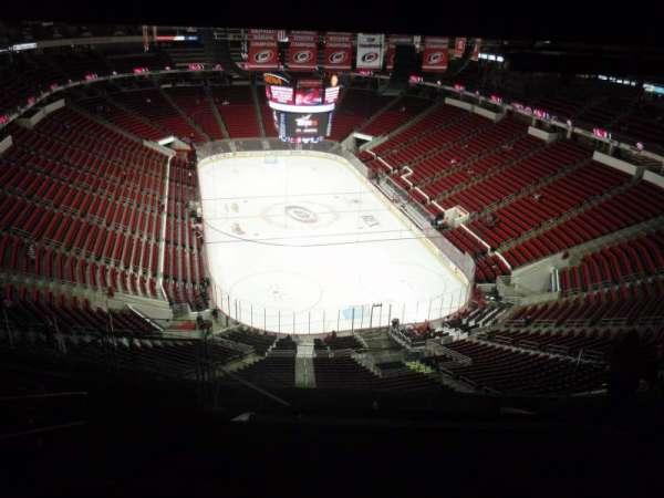 PNC Arena, sección: 315, fila: L, asiento: 14