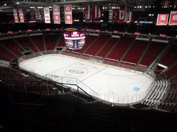 PNC Arena, sección: 338, fila: G, asiento: 10