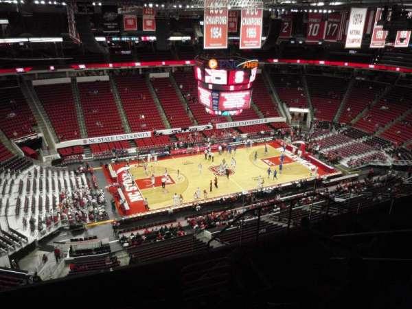 PNC Arena, sección: 306, fila: G, asiento: 6