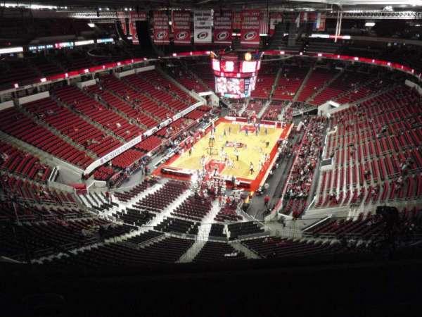 PNC Arena, sección: 312, fila: H, asiento: 10