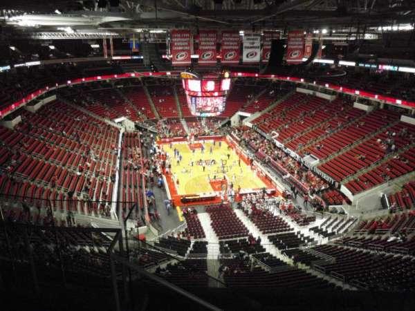 PNC Arena, sección: 315, fila: G, asiento: 15