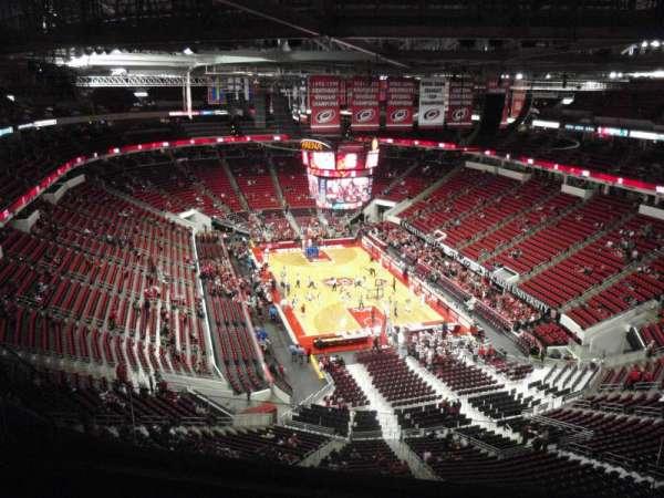 PNC Arena, sección: 316, fila: H, asiento: 7