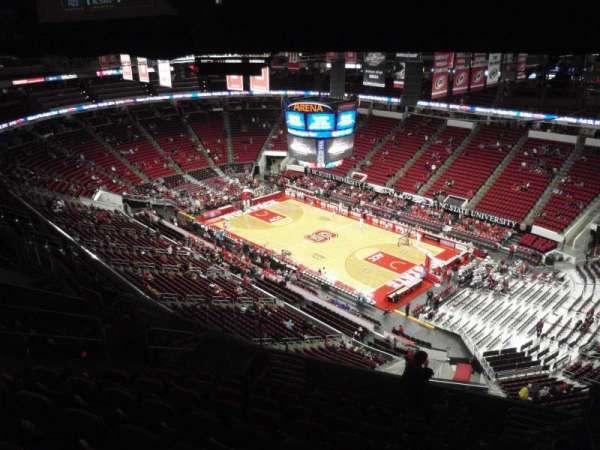 PNC Arena, sección: 320, fila: L, asiento: 6