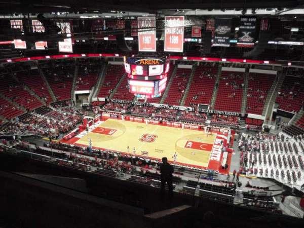 PNC Arena, sección: 323, fila: J, asiento: 5