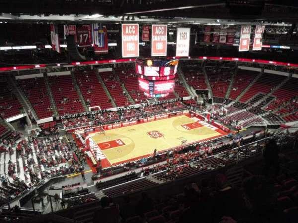 PNC Arena, sección: 326, fila: J, asiento: 15