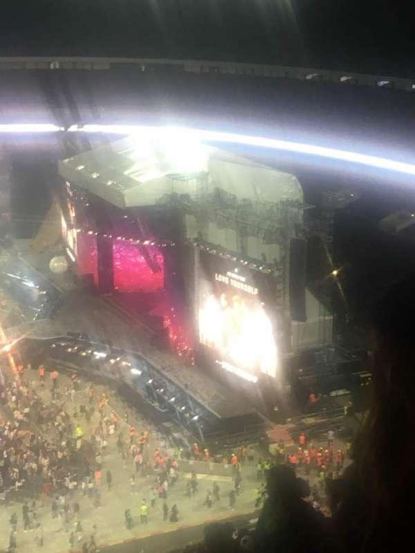 Wembley Stadium, sección: 552, fila: 33, asiento: 370