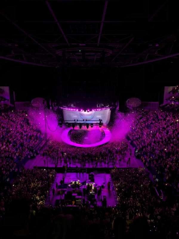The O2 Arena, sección: 412, fila: E, asiento: 723