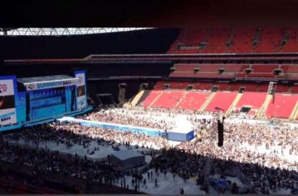 Wembley Stadium, sección: 526, fila: 9, asiento: 371