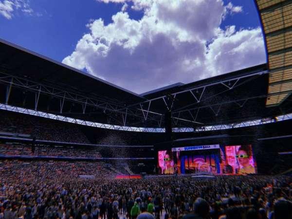 Wembley Stadium, sección: 105, fila: 13, asiento: 68