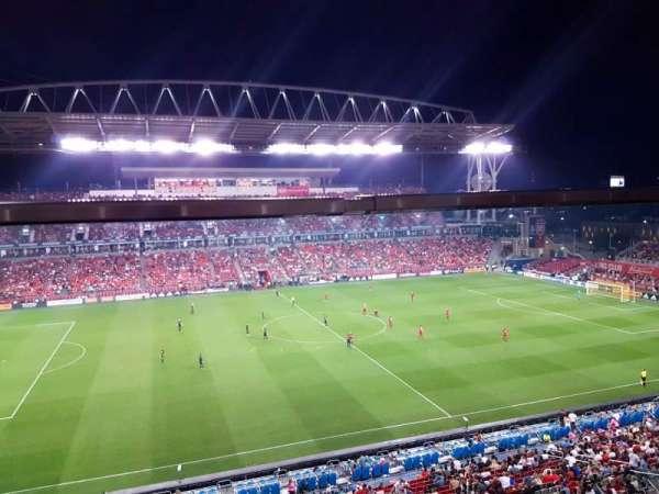 BMO Field, sección: 208A, fila: 3, asiento: 117