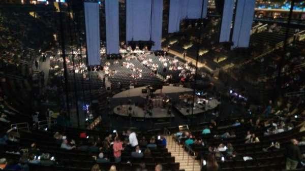 Madison Square Garden, sección: 217, fila: 1, asiento: 1