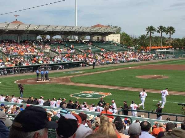 Ed Smith Stadium, sección: 207, fila: 9, asiento: 10