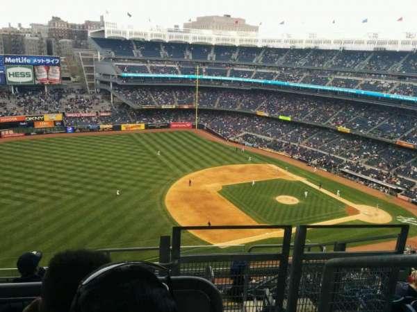 Yankee Stadium, sección: 428, fila: 8, asiento: 1
