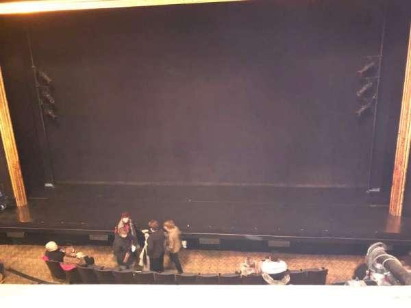 Ambassador Theatre, sección: Front Mezzanine RC, fila: A, asiento: 106