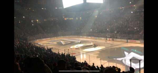 T-Mobile Arena, sección: 8, fila: R, asiento: 15