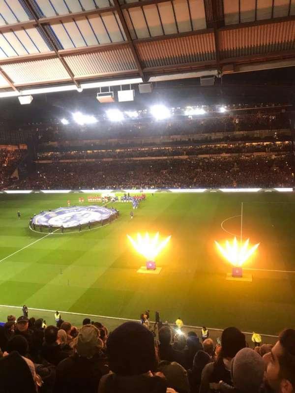Stamford Bridge, sección: East Stand Upper, fila: 11, asiento: 18