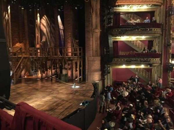 CIBC Theatre, sección: Dress Circle Box 3, asiento: 5