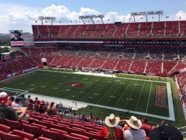 Raymond James Stadium, sección: 339, fila: H, asiento: 22