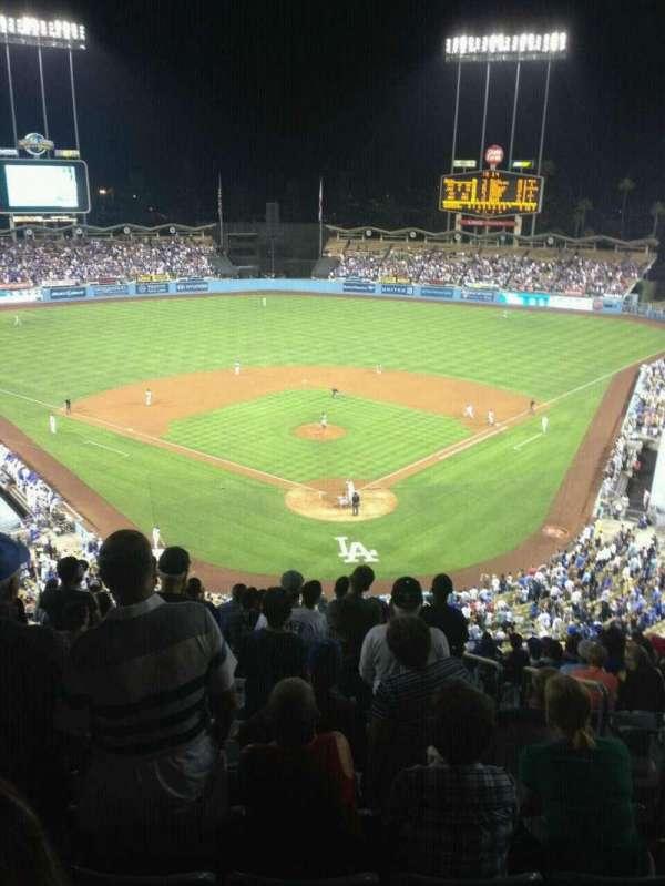 Dodger Stadium, sección: 3RS, fila: O, asiento: 3