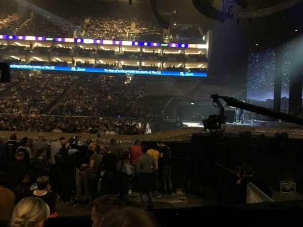 The O2 Arena, sección: 112, fila: E, asiento: 388