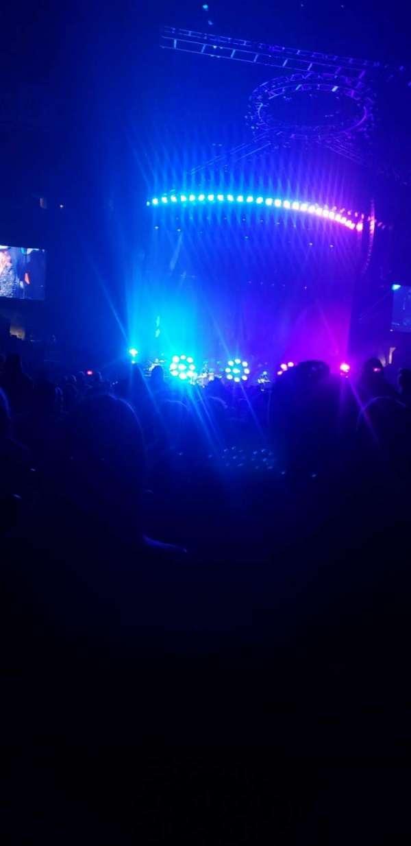 Staples Center, sección: GA, fila: 28, asiento: 13