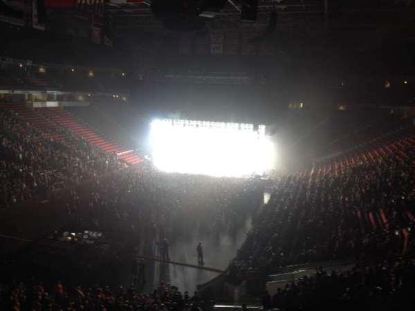 PNC Arena, sección: 225, fila: A, asiento: 16