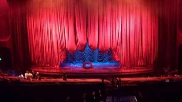 Aria Casino Theatre, sección: 303, fila: T, asiento: 1