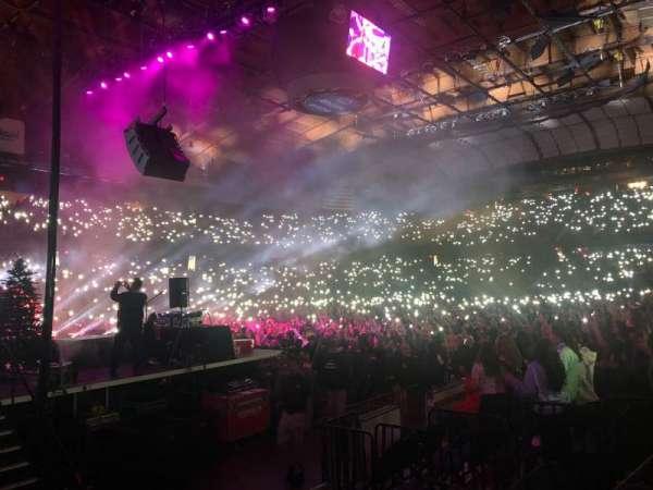 Allstate Arena, sección: 104, fila: A, asiento: 16