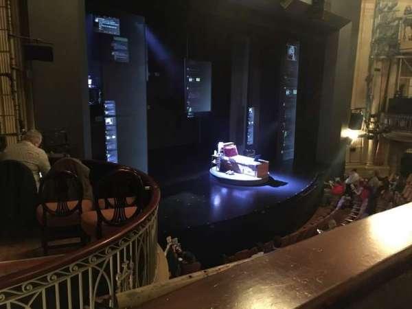 Music Box Theatre, sección: Mezzanine L, fila: A, asiento: 23