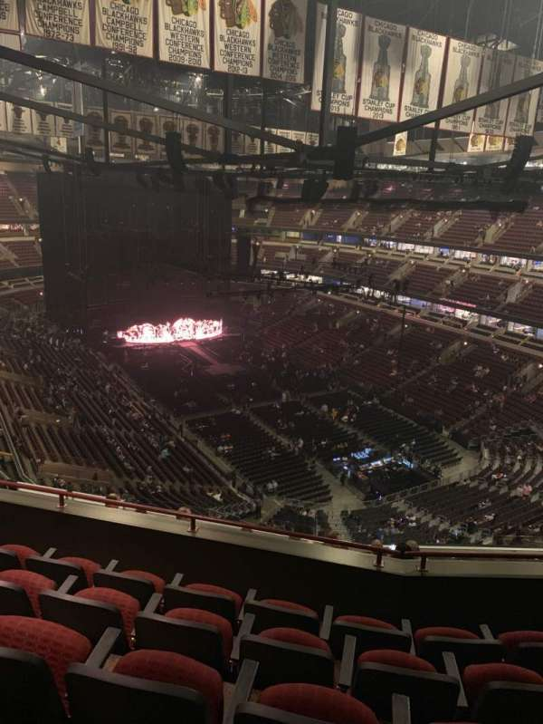 United Center, sección: 312, fila: 12, asiento: 13