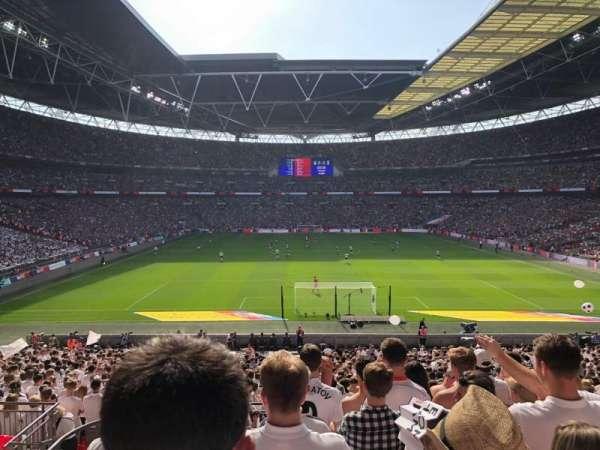 Wembley Stadium, sección: 112, fila: 38, asiento: 8