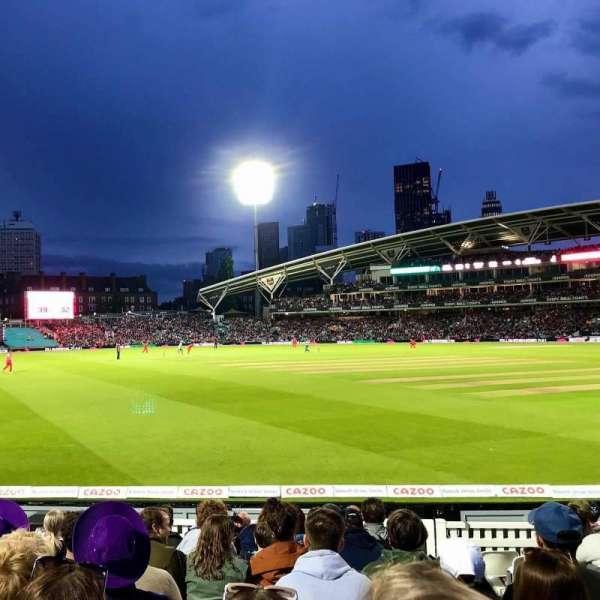 Kia Oval, sección: Galadari Stand 24, fila: 11, asiento: 113