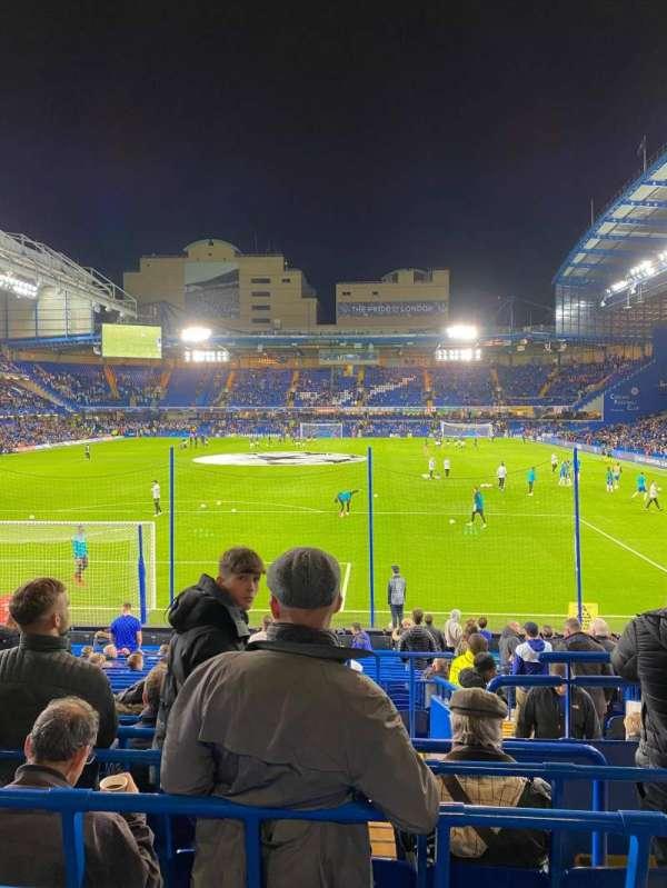 Stamford Bridge, sección: Matthew Harding lower 12, fila: X, asiento: 59
