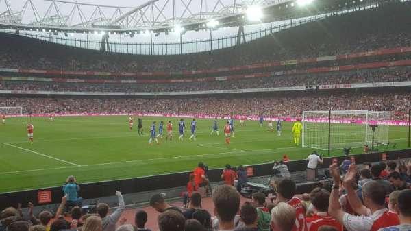 Emirates Stadium, sección: 26, fila: 11, asiento: 821